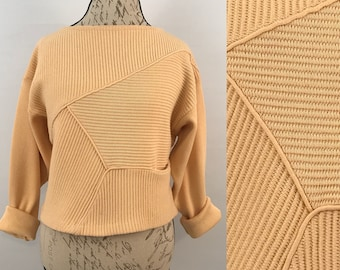 90s Vintage Butter Cream Cropped Sweater
