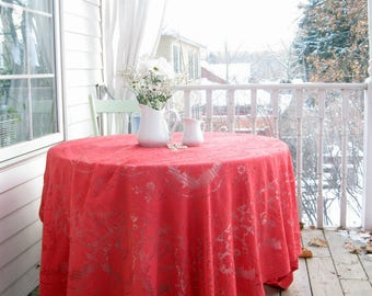 Quaker Lace Tablecloth, Red Lace Tablecloth, Netted Lace Tablecloth, Vintage Table Linens, by mailordervintage on etsy