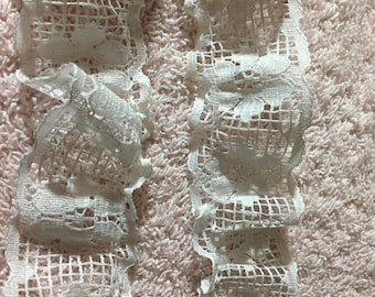 White Floral Lace  Gathered   1 inch wide   By the yard (1 dollar per yard)