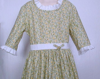 Girls Colonial Market Day Dress  Civil War Costume  Pioneer Size 8/10  -    -    Ready to Ship