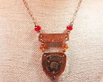 Harry Potter Gryffindor Hogwarts Etched Metal Necklace