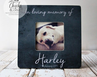 In Loving Memory Of Pet Picture Frame, Personalized Pet Picture Frame, Pet Memorial Frame, Pet Loss Gift