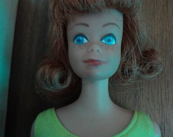 Barbie ~ #860 Midge with box