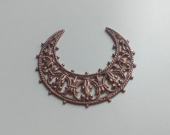 1 x Antiqued brass filigree crescent 36mm - Brass filigree moon - Necklace findings - Filigree connectors - Filigree stamping moon [CS006]