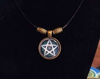 """18"""" Pentagram Cabochon Necklace on 2mm Genuine Leather Cord"""