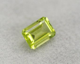 Octagon Peridot 10x8mm 3.30CT Faceted Loose Gem, Genuine Gemstone, Green Peridot, Octagon Gemstone, Loose Gemstone, August Birthstone