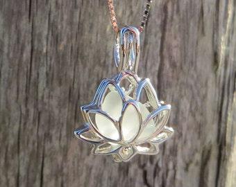 Lotus Halskette Meer Glas Blume 925er Silber SS weiß Pale Aqua Medaillon von Welle des Lebens