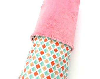 Coral Baby Blanket, Coral Minky Blanket, litterie bassinette, Coral Cuddle Blanket, Pink Baby Blanket, Newborn Baby Gift, Stroller Blanket