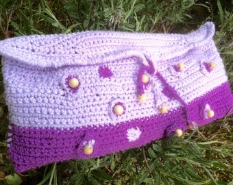 CLUTCH, DANS LAVANDE, crocheted, embroidered