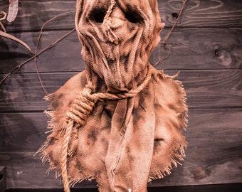 "Scarecrow mask, ""Hangmen"""