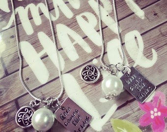 Here comes the brides necklace set