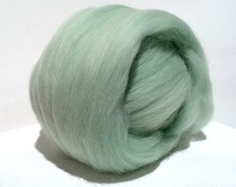 Mint Merino Roving, Needle Felting Spinning Fiber, Merino, wool, roving, 1 oz, Mint Green, pale Green roving
