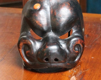 Mask of the Italian Commedia dell'Arte. Arlequin. 100% made in Italy.