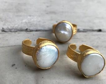 Wide Band Ring,Pearl Ring,Gold Boho Ring,Boho Pearl Ring,Adjustable Gold Ring,Adjustable Pearl,Keshi Pearl Ring,Freshwater Pearl Ring,Matte