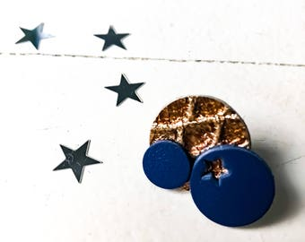 """Badges made of leather - series """"The sparkling"""" - golden brown and Navy Blue"""