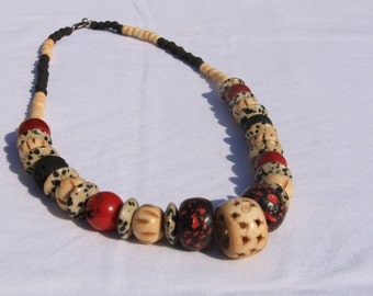 one piece necklace made from Coral,agat, game stone,