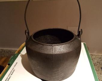 Pre-1900 Savery and Co. Phila, PA Cast Iron Pot
