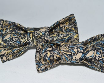 Blue Blossom Dog Bow // Dog Bow // Pet Bow // Quality Bow // Handmade Bow // Hook And Loop // Bow Tie // Hunde Sløyfe