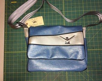 Small Messenger Bag w/ Ford Thunderbird emblem (KBC306)