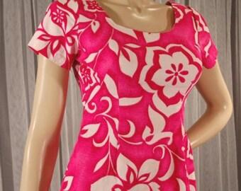 Vintage 70s Hawaiian Pink Maxi Dress cotton bark cloth Size Small chest 36