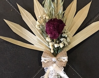 Rose and Palm leaf dried flower bouquet arrangement
