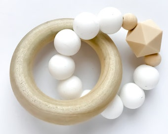 Teether Ring - white & beige