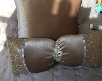 Champagne bow pillow