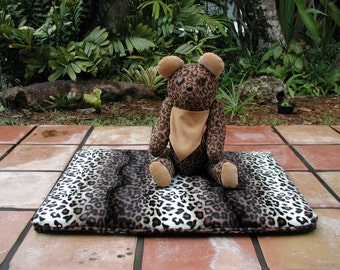 Dog Beds, Animal Print Pet Beds, Pet Bed Covers, Order your Pet a Custom Bed Cover, Flat Pet Mats and Beds, Dog and Cats Beds