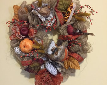 Happy Fall wreath with the colors of New England