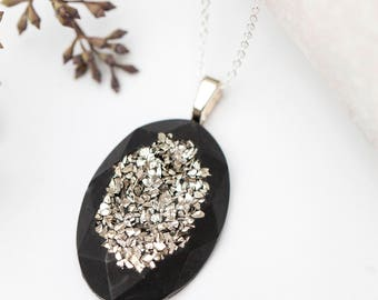 Concrete Silver Druzy Necklace (Oval)