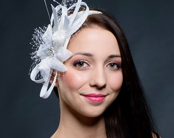 White fascinator for weddings, races, special occasions- Last available - 30%