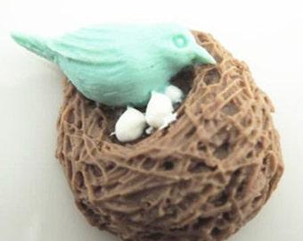 2pcs   Lovely bird Nest Charm Pendant. c0605