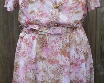 Vintage Size 22 Plus Size Dress Pink White