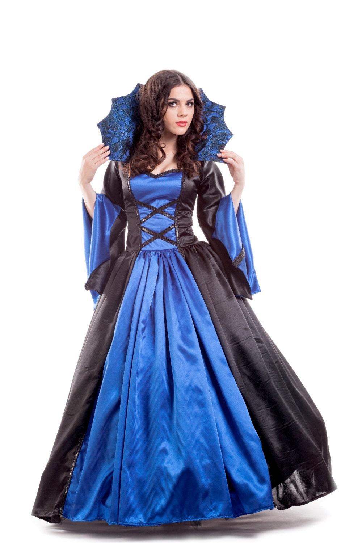 Vampire Queen Women\'s Costume Size 4 An elegant blue