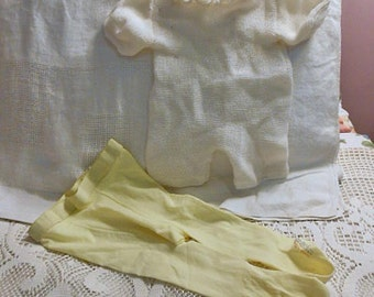 Baby GIRL ROMPER & Trimfit Yellow TIGHTS, Texture Machine Knit Ruffled Collar Back Opening, Soft Washable Nylon and Acrylic Vintage Usa Made