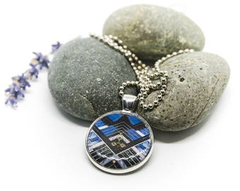 Architecture inspired necklace - Quatum Tower Bogota