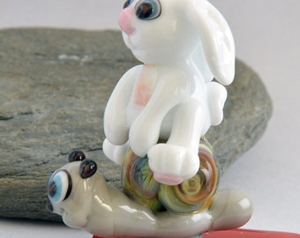 SNAIL Racing, Rabbit and Snail Glass Sculpture Collectible, Focal Bead, Pendant, Izzybeads SRA