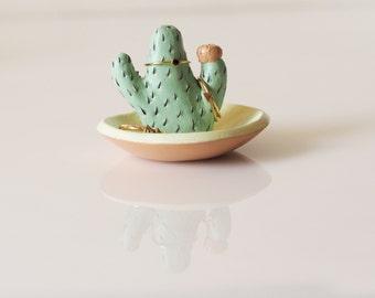 Cactus ring holder with jewelry dish - Cactus ring dish - Cacti jewelry holder - Cactus art - Ceramic cactus jewelry storage - Ring tree