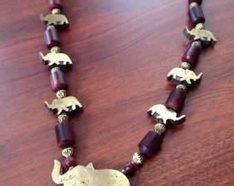Vintage 70s Redwood + Brass Elephant Necklace // Elephant Statement Necklace // Boho Wooden Necklace