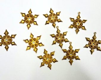 5 Pieces Raw Brass Steampunk Snowflake Pendants and Findings