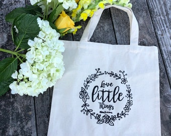 Love little things canvas tote