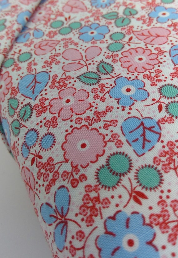 White, Blue and Pink Wildflowers On White, Toy Chest Florals From Washington Street Studio's For P&B Textiles, Fabric By The Yard 0415pb