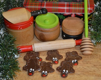 Deluxe Christmas Baking Set Montessori Inspired Pretend Food Kitchen Accessories Play Food Wood Toy 12 pieces