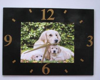 Clock / wall clock in Slate: dog