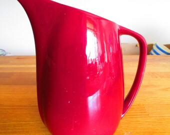 empire 1957 maroon jug, pitcher  ref 6