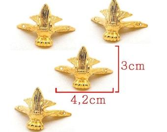 Gold tone foot model C size 4, 2 x 3, 0 cm finish box, box. Set 4 Pieces.
