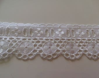Lace white broderie anglaise with past Ribbon 5 cm width