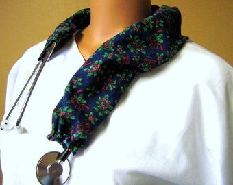 STETHOSCOPE COVER Holly Berries on Navy Blue