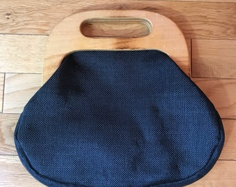 """1970's Vintage """"Carrying Class"""" Wooden Handle Clutch Bag"""