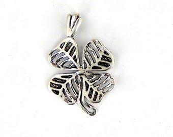 Four Leaf Clover Pendant Cast in Sterling Silver Petite Charm (S82B5-21)